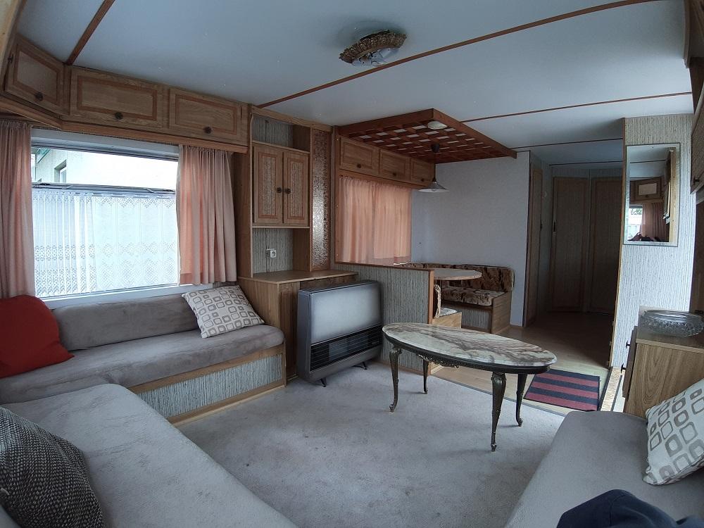 Foto Starší mobilheim Countryhome Red s izo okny